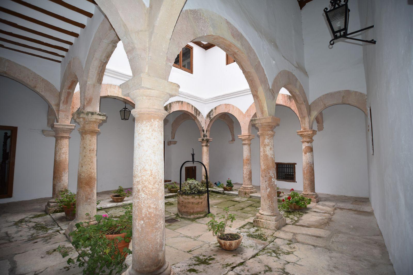 Palacio López de Haro