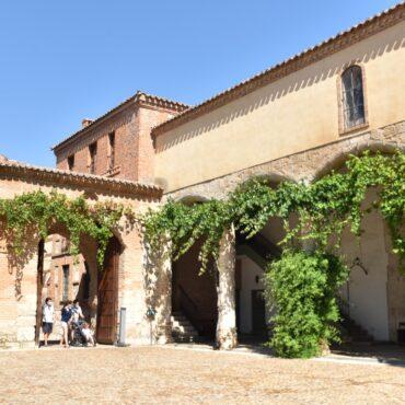 ruta-del-vino-de-toro-enoturismo-en-castilla-y-leon-turismo-tordesillas-monasterio-de-santa-clara-4