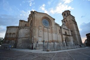 Colegiata Santa Maria la Mayor
