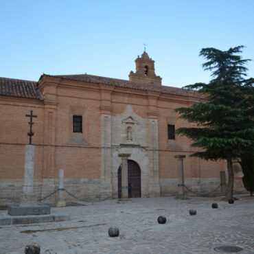 ruta-del-vino-de-toro-enoturismo-en-castilla-y-leon-turismo-zamora-que-ver-en-toro-monasterio-santa-clara-4