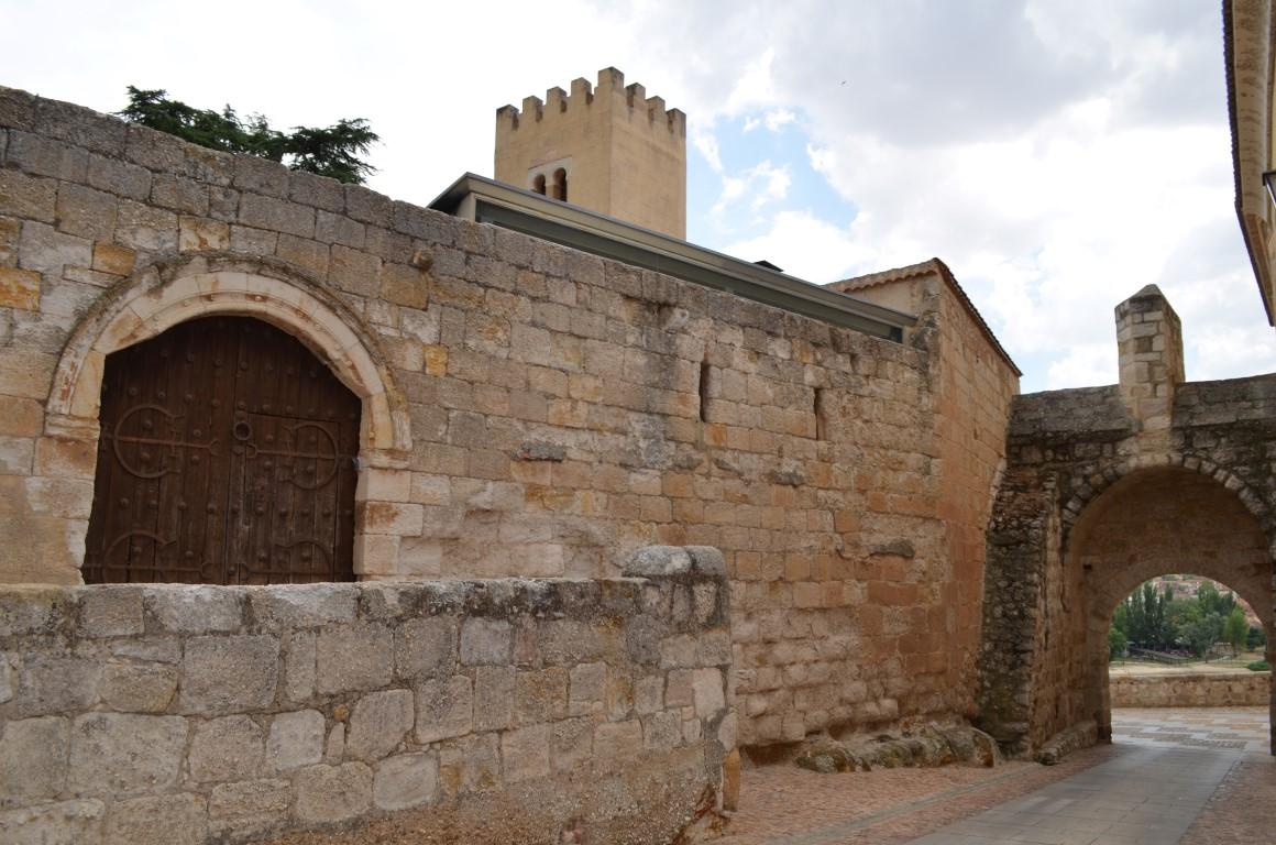 Palacio de Arias Gonzalo (Casa del Cid)